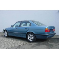 ATTELAGE BMW Serie 5 Berline 1988-1995 (E34) - Rotule equerre - attache remorque WESTFALIA