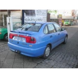 ATTELAGE SEAT Cordoba 1996- 1999 (et Vario (Break) Type 6K) - - Col de cygne - WESTFALIA