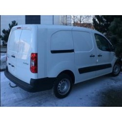 ATTELAGE CITROEN Berlingo long 2008- - Rotule equerre - attache remorque WESTFALIA